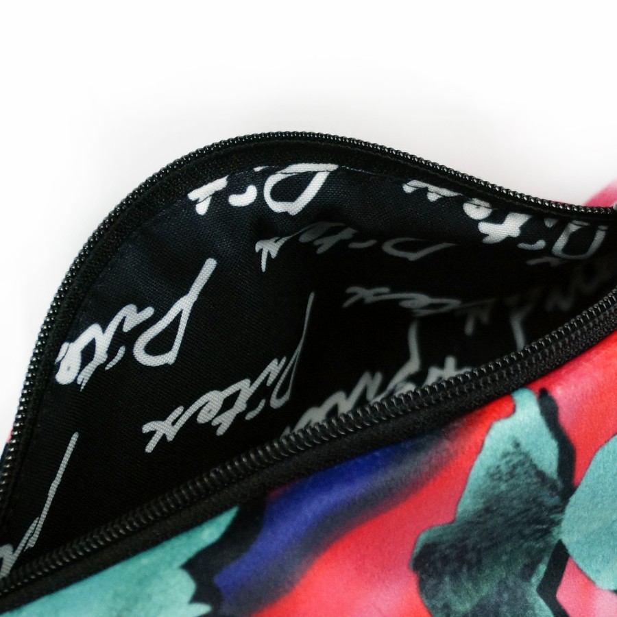 """Fanny Pack """"FIRST KISS"""" FPE107"""